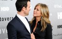 СМИ узнали причины расставания Дженнифер Энистон с мужем