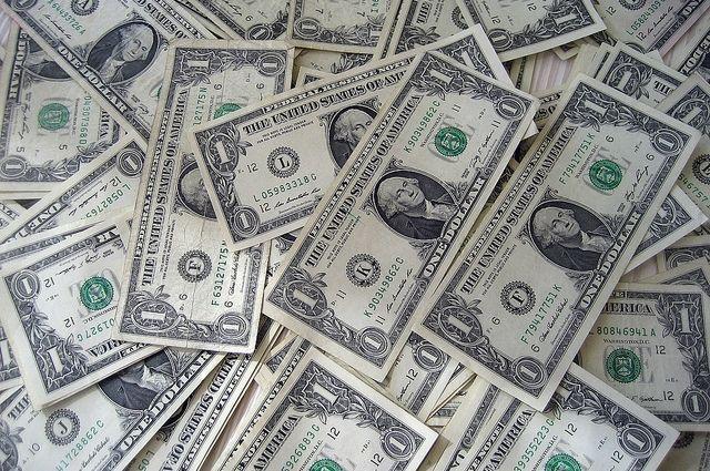 Курс валют на 12 декабря: доллар и евро выросли в цене