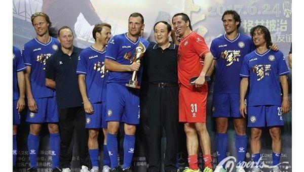 Шевченко забил победный гол в матче звезд Европы и Южной Америки