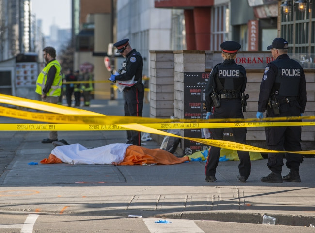 Унаслідок наїзду фургона у Торонто загинули 10 людей