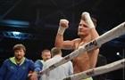 Беринчик нокаутировал филиппинского матадора и завоевал чемпионский титул