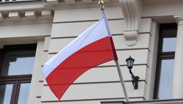 Сенат Польши одобрил скандальный законопроект о реформе Верховного суда
