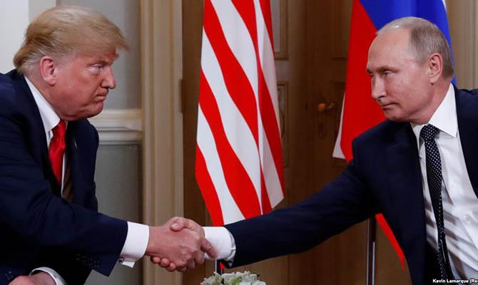 Кремль верит в Трампа вопреки санкциям, - Bloomberg