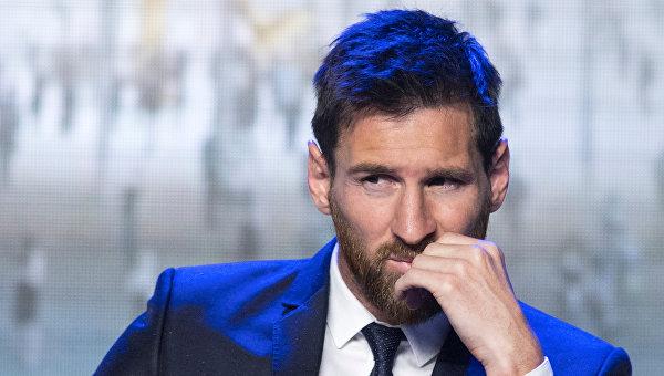 СМИ выяснили, сколько Месси зарабатывает в Барселоне