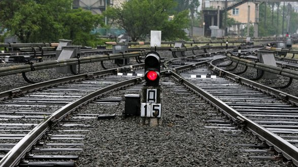 Железные дороги Ирана и Азербайджана соединят 25 декабря