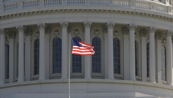 Сенат США продлил финансирование правительства