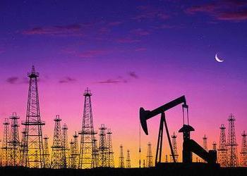 Нефть дешевеет в ожидании данных о запасах