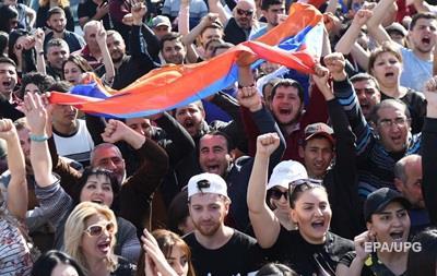 В Єревані поновилися протести опозиції