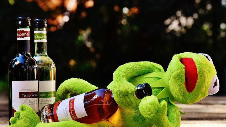 Алкоголь: названа безопасная доза