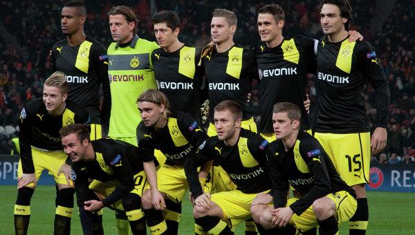 Футболисты дортмундской Боруссии отравились кебабом в Испании