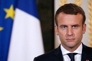 Макрон попросил премьера Филиппа до среды сформировать новое правительство страны