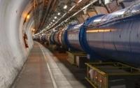 Большой Адронный Коллайдер установил новый рекорд яркости протонных лучей