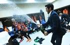 Песни, танцы и Фонсека с шампанским: как Шахтер отметил чемпионство в раздевалке