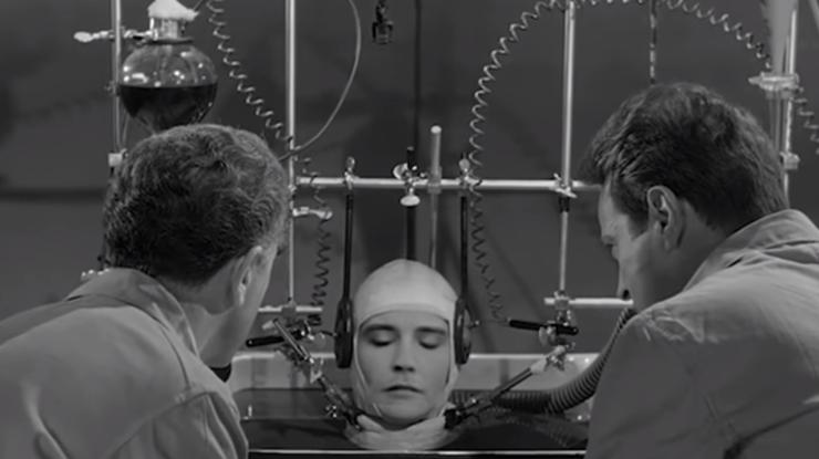 Искусственный интеллект снял фильм по собственному сценарию (видео)