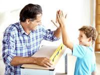 Дети, которых поддерживают и хвалят родители, вырастают уверенными в себе и выбирают хорошую работу