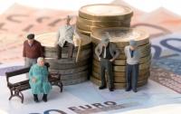 Правительство увеличит пенсии тем, кто много работал, но имел низкие зарплаты