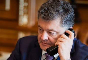 Poroshenko discusses education law with Romanian counterpart, invites him to Ukraine