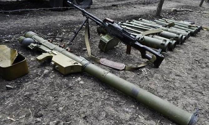 Основное вооружение боевиков на Донбассе завезено из РФ, — разведка