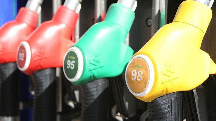 Цены на бензин в Украине резко снизились