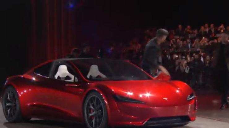 Tesla Roadster: Илон Маск показал спорткар с откидным верхом (фото)