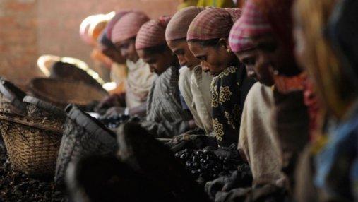 В Индии изнасиловали участниц акции против работорговли