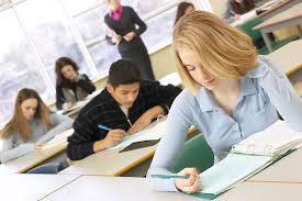 Минздрав планирует включить в экзамены для студентов-медиков субтест на английском языке