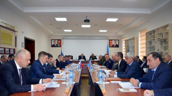 Баку и Москва обсудили военно-техническое сотрудничество фото