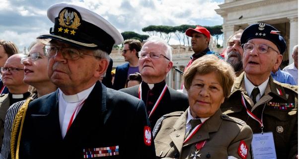 Папа Римский Франциск приветствовал польских ветеранов
