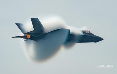 Усі F-35 сіли. Що не так з  кращим  винищувачем
