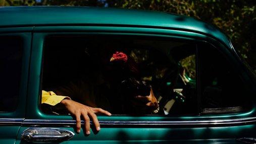 Известный фотограф показал колоритность Кубы: невероятные фотографии