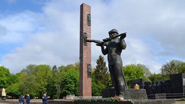 Во Львове объявили о демонтаже стелы Мемориала славы советских войск