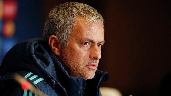 Скончался отец главного тренера Манчестер Юнайтед Жозе Моуринью