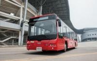 В Китае начались испытания нового беспилотного автобуса