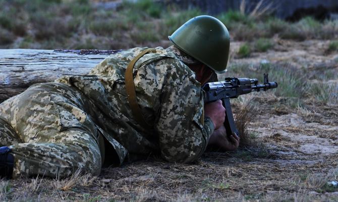 За четыре года войны в Донбассе погибли около 2,4 тысяч военных