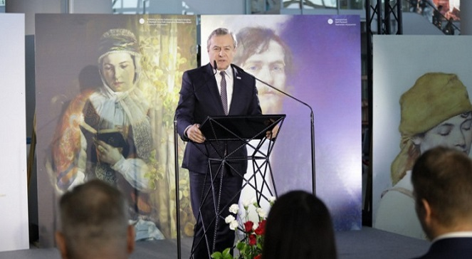 В варшавском аэропорту открылась выставка «Польский семейный альбом»