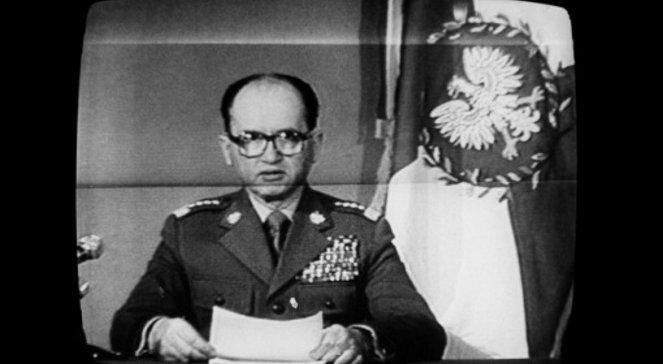 Варшав'яни чудово пам'ятають введення воєнного стану