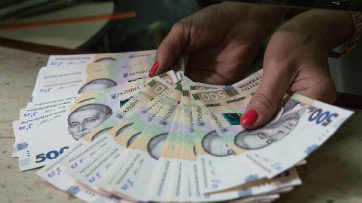 В Украине резко выросла реальная зарплата