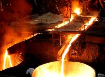 ЕС попросит освободить от американских пошлин на сталь и алюминий на постоянной основе