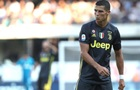 Роналду в дебютном матче сломал нос и травмировал позвоночник вратарю соперника