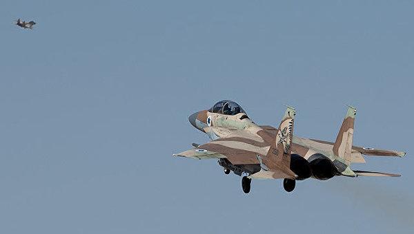 ВВС Израиля атаковали сирийские войска на границе