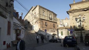 В Италии бесплатно раздают дома в южном городке с условием их реставрации