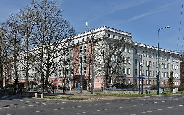 Державна прокуратура встановила нагляд за справою 29-річної українки
