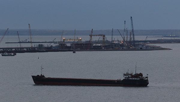 Кабмин просит закрыть украинские реки для российских кораблей