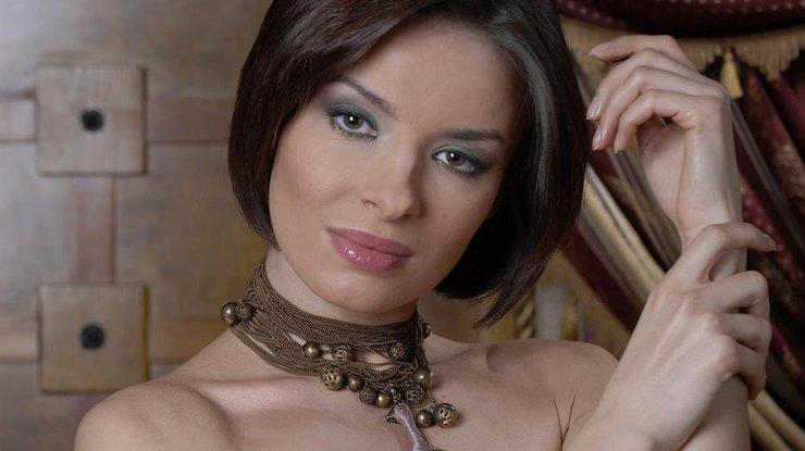 Надя Мейхер похвасталась потрясающим шпагатом (видео)