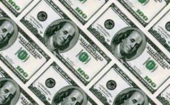 Курс доллара снижается к евро и иене в ожидании итогов заседания ФРС