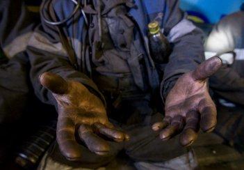 Гірники шахти №9 Нововолинська страйкують через невиплату зарплати - Волинець