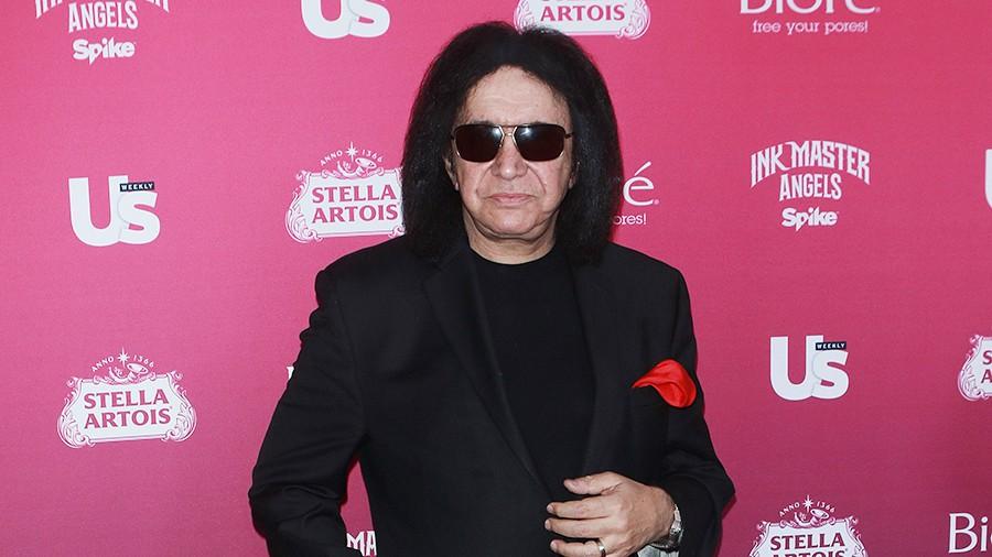 Одного из основателей группы Kiss обвинили в домогательствах