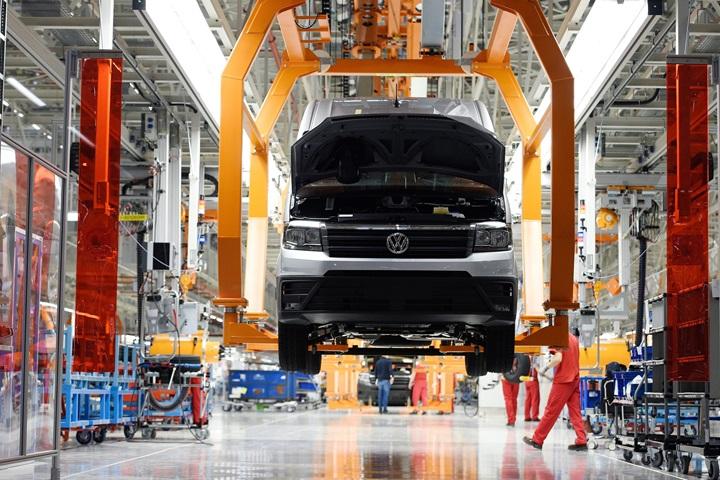 Volkswagen to manufacture new camper van in Poland