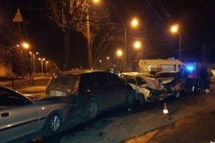 Масштабное ДТП в Харькове: столкнулись четыре авто, есть пострадавшие