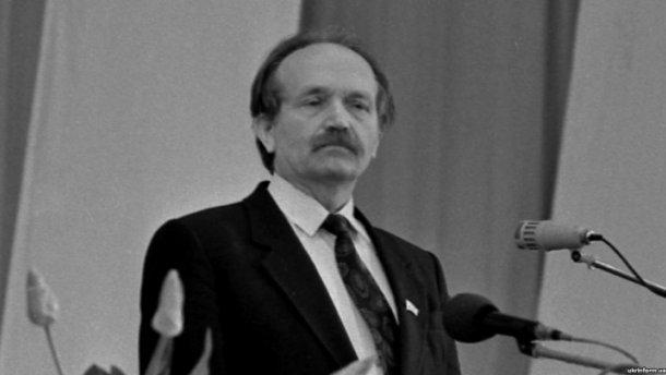 Невідомі осквернили память видатного політика на Черкащині